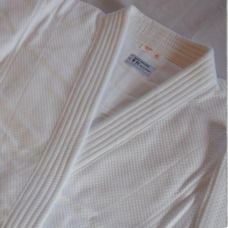 Iwata keikogi 2K-blanc-chaqueta