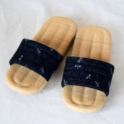 KARUBE sandalia de rafia